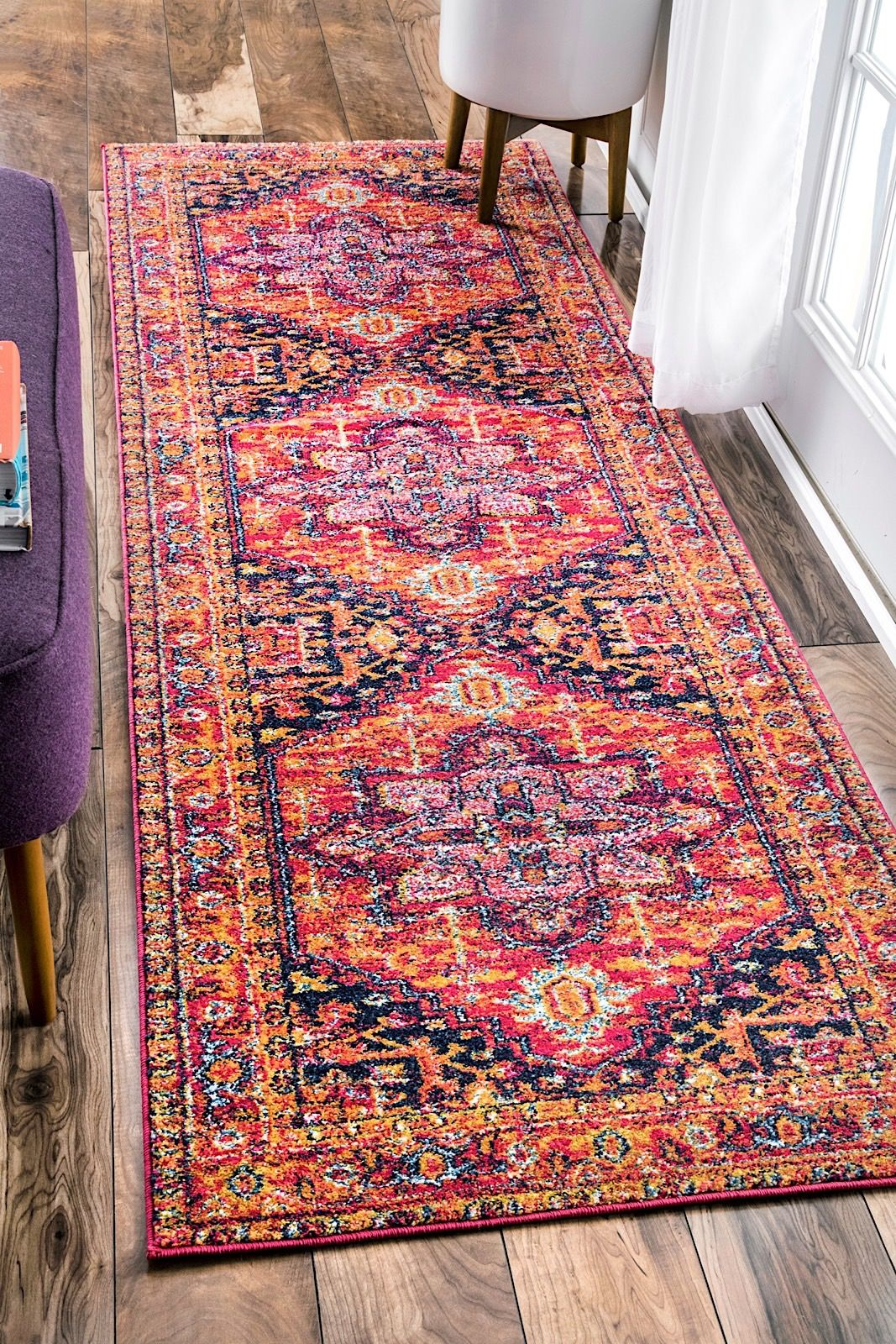 Nuloom Fancy Persian Vonda Traditional Area Rug Collection