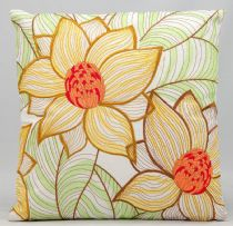 Nourison Country & Floral Outdoor Pillow pillow Collection